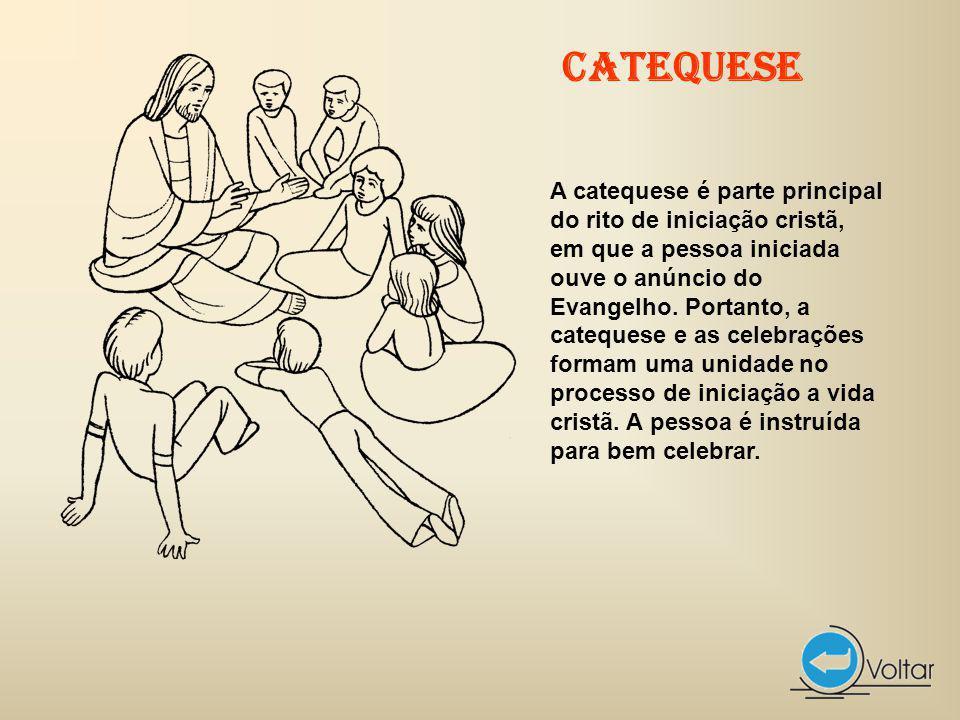 A catequese é parte principal do rito de iniciação cristã, em que a pessoa iniciada ouve o anúncio do Evangelho.