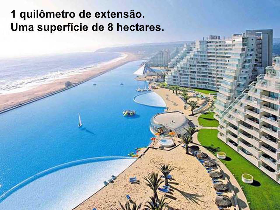 Sobre a costa do Oceano Pacífico, a 130 Km de Santiago do Chile, Encontra-se San Alfonso del Mar.