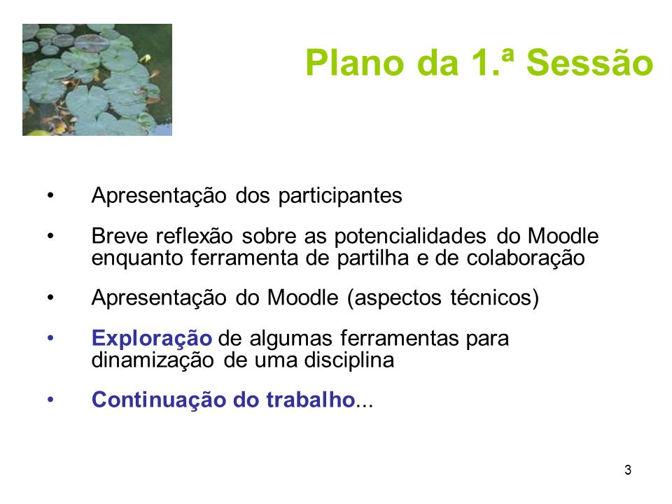 4 Modular Object-Oriented Dynamic Learning Environment Autor: Martin Dougiamas (1999) Ambiente virtual de aprendizagem de software livre de código open source Projecto em permanente evolução Versão actual: 1.7 (Nov.