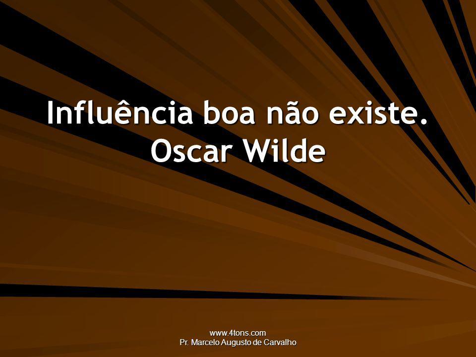 www.4tons.com Pr.Marcelo Augusto de Carvalho Só o amor com sua ciência nos torna tão inocentes.