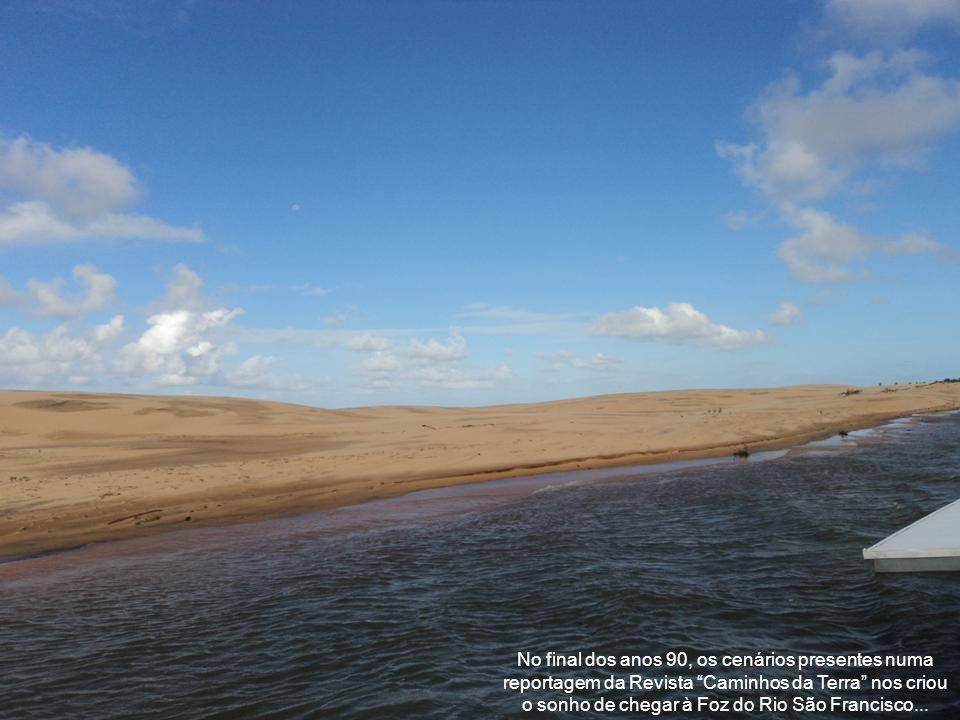O mirante da Praia do Gunga, ao sul de Maceió, é parada obrigatória...