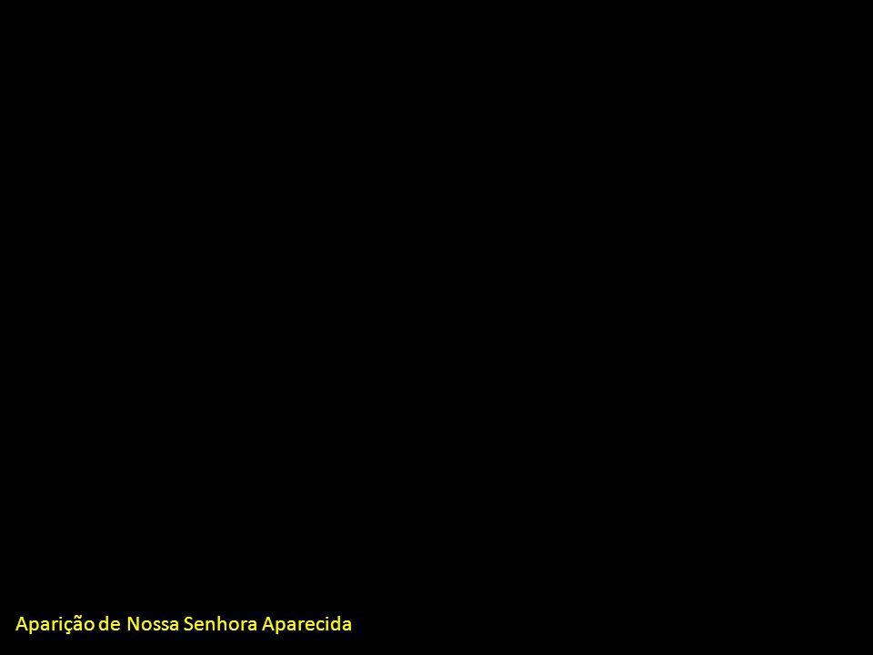 Madre Clara fundamenta sua devoção à Maria > a Anunciação: salienta a entrega de Maria: Eu sou a serva do Senhor; > as Bodas de Caná: Fazei tudo o que Ele vos disser; > a Crucifixão de Jesus: quando Maria, como mulher forte e corajosa, permaneceu de pé, à sombra da cruz, ouvindo de seu Filho Jesus a última recomendação: Mulher, eis o teu filho!