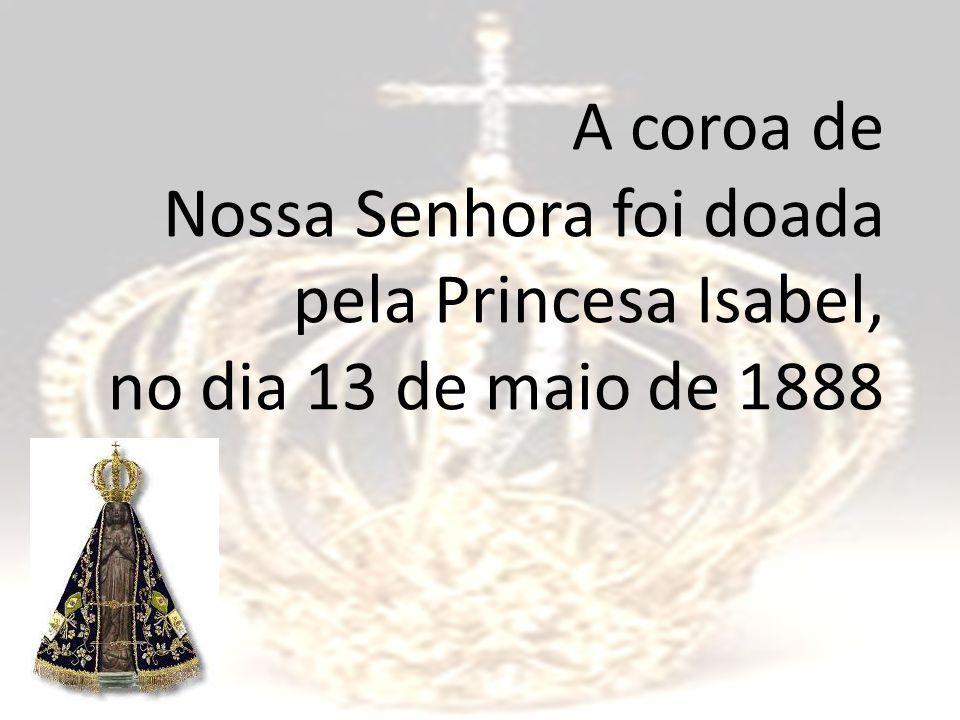 A Escola Rainha do Brasil busca identificar-se com o nome que ostenta.