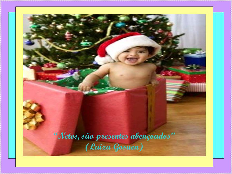 O sorriso de uma criança é a assinatura na obra do Senhor.(Luiza Gosuen)