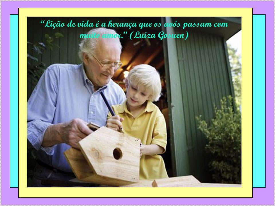 As avós sabem ser professoras e alunas (Luiza Gosuen)