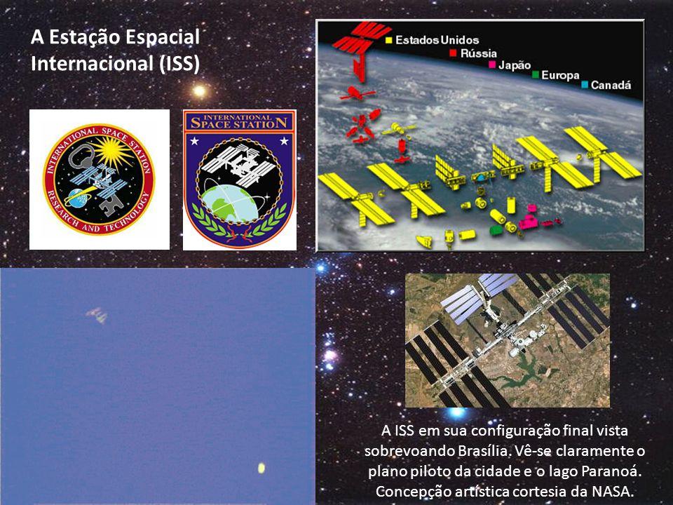 A ISS em sua configuração final vista sobrevoando Brasília.
