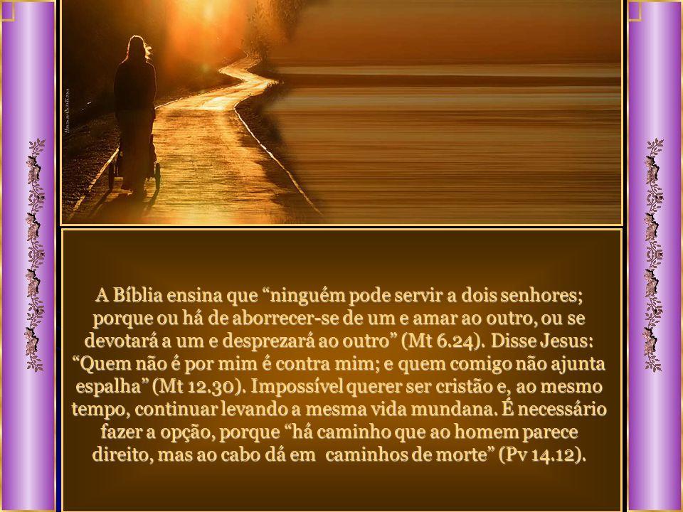 Certo dia um jovem aproximou-se de Jesus, querendo saber o que fazer para entrar no reino de Deus. Jesus, após ouvir dele que ele já praticava, religi