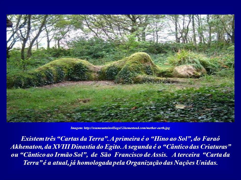 Imagem: http://osamountainvillage12.homestead.com/mother-earth.jpg O elo entre Civilização Solar e Carta da Terra representa a solução para muitos dos