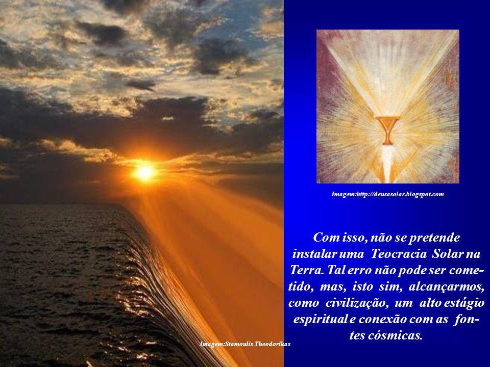 Imagem:Stamoulis Theodorikas Este é o significado místico do Cálice Sagrado. É um receptáculo das Forças Superiores que descem do Céu e alcançam a Ter