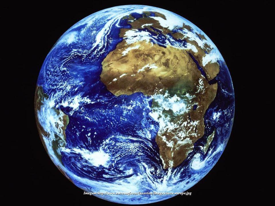 No próximo quadro, fixe-se na imagem da Terra e sintonize-se com ela. Envie para o Planeta os seus melhores pensamentos. Tente perceber a Terra como u