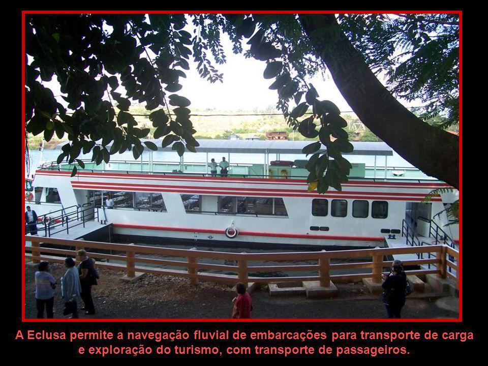Ponte CAMPOS SALLES – foi inteiramente construída na Alemanha e montada aqui no Brasil. Foi inaugurada em Março de 1.915