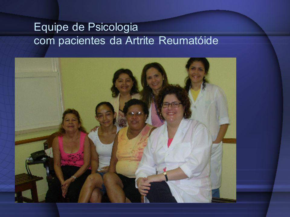 Equipe de Psicologia com pacientes da Artrite Reumatóide