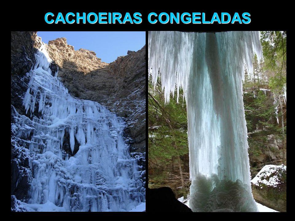 CACHOEIRAS CONGELADAS