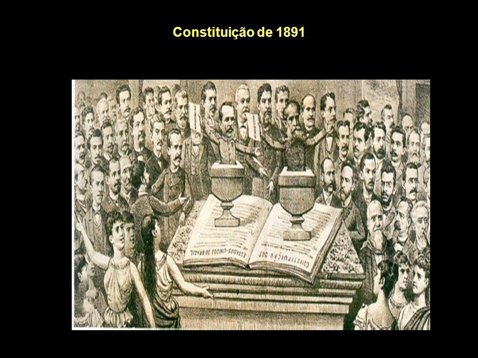 Constituição de 1891 Voto: para maiores de 21 anos, alfabetizados (mulheres, soldados, padres e mendigos não votavam); o voto era aberto, isto é, o eleitor revelava publicamente o seu voto (possibilitou o voto de cabresto usado pelos grandes fazendeiros).