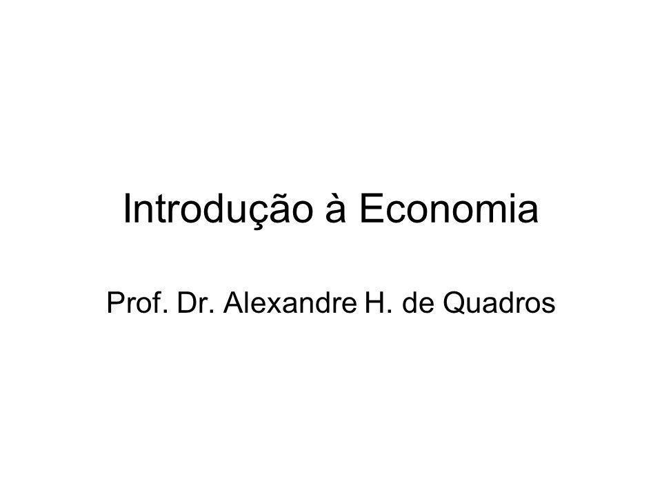 Sua concepção (segundo Vasconcellos, 2009): A economia repousa sobre os atos humanos e é por excelência uma ciência social.
