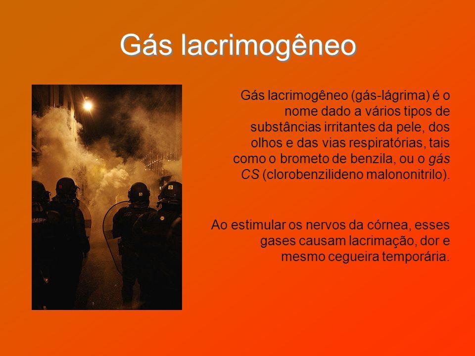 Gás lacrimogêneo Gás lacrimogêneo (gás-lágrima) é o nome dado a vários tipos de substâncias irritantes da pele, dos olhos e das vias respiratórias, ta