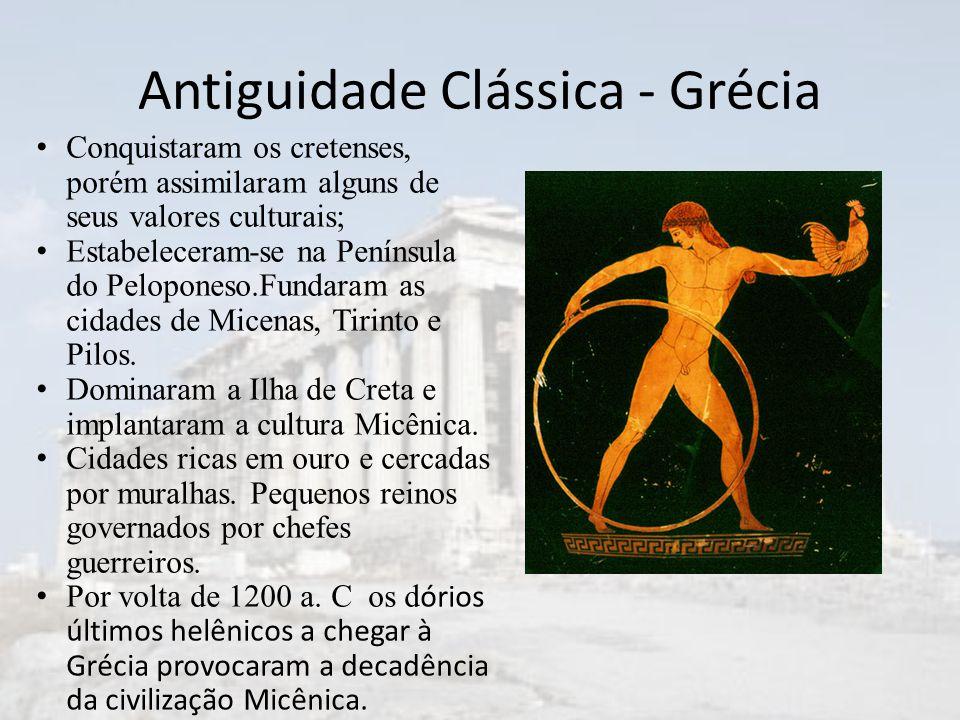 Conquistaram os cretenses, porém assimilaram alguns de seus valores culturais; Estabeleceram-se na Península do Peloponeso.Fundaram as cidades de Micenas, Tirinto e Pilos.