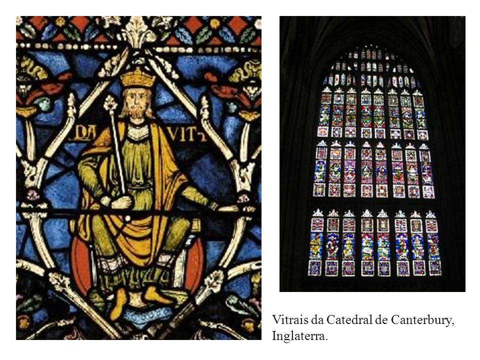 Vitrais da Catedral de Canterbury, Inglaterra.