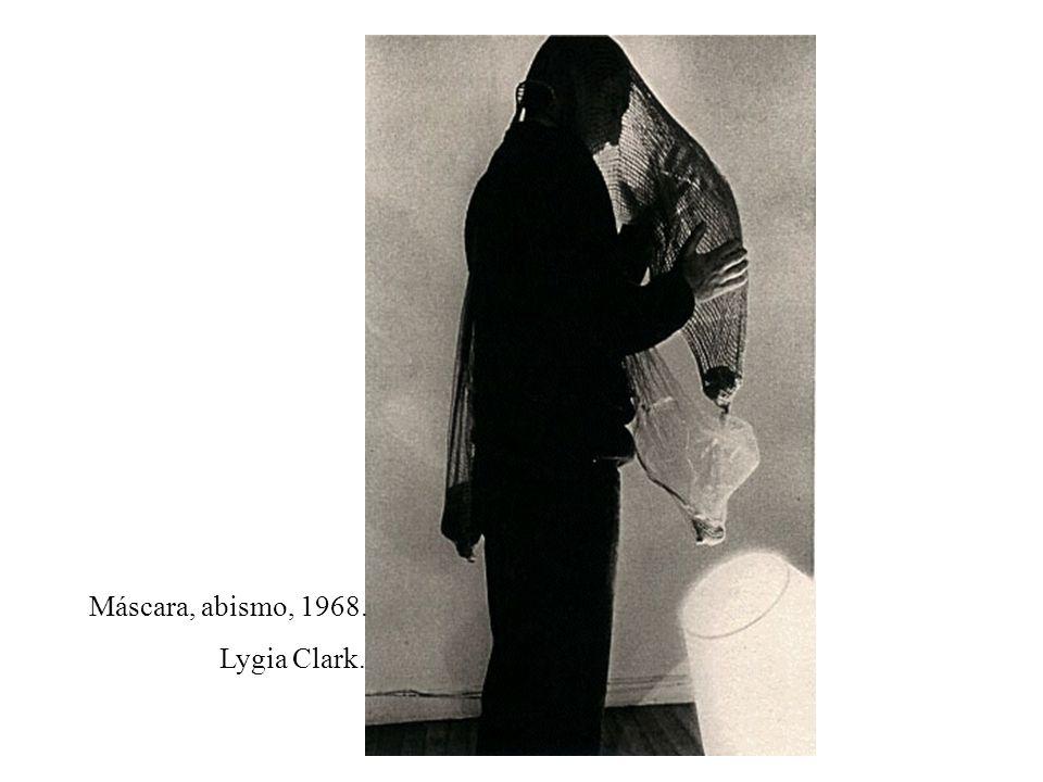Máscara, abismo, 1968. Lygia Clark.