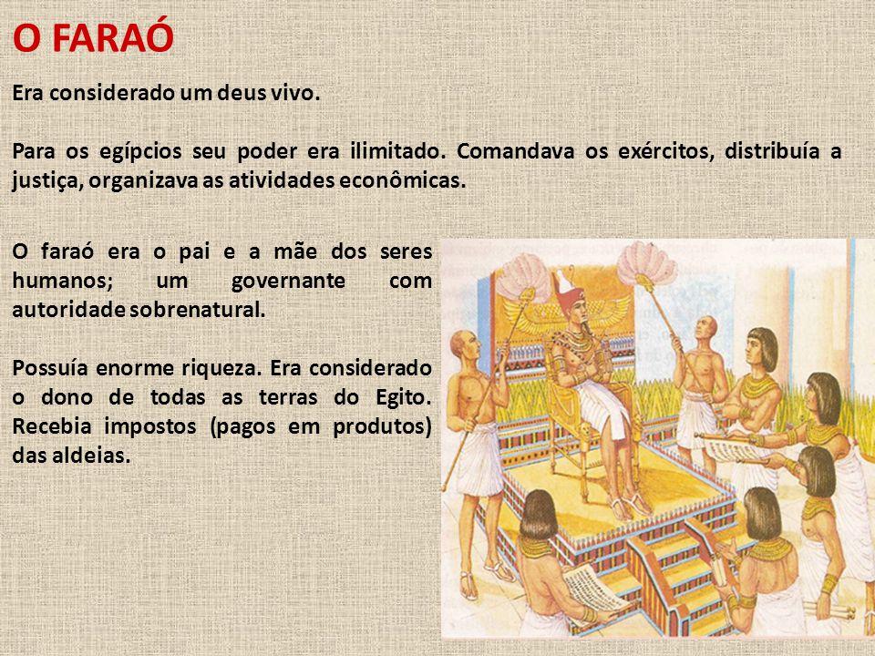 O VIZIR: abaixo do faraó.
