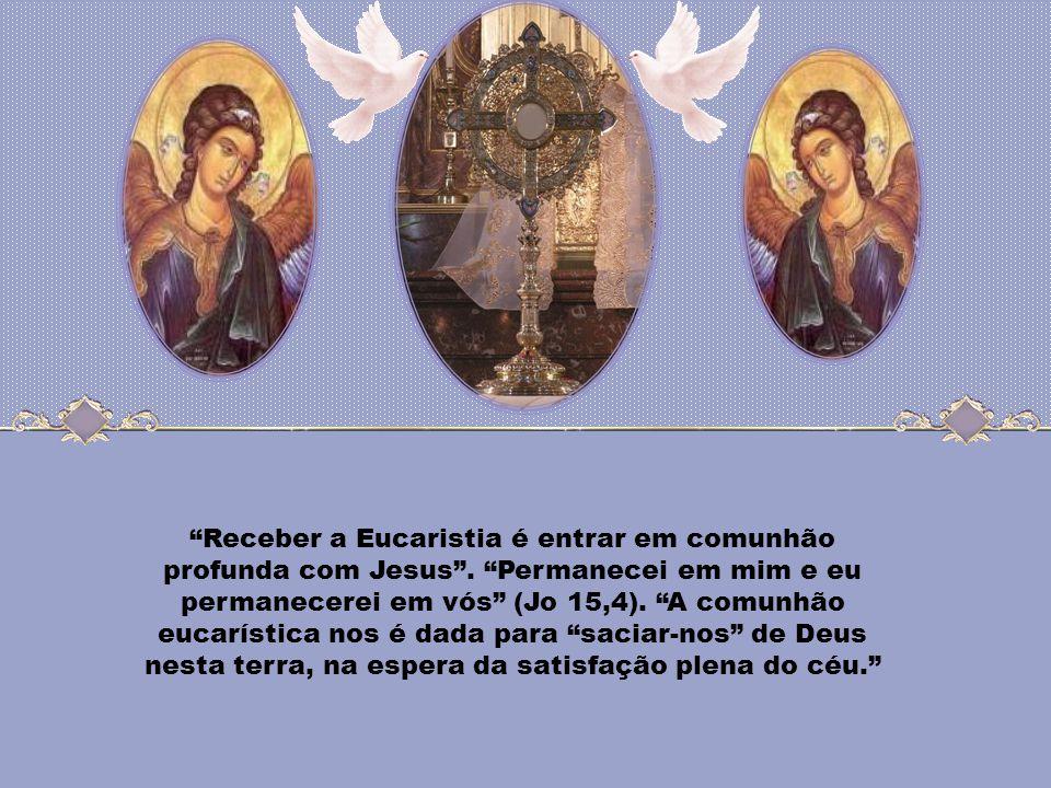 Eucaristia, sacramento da Caridade, mistério de Luz! Através do mistério de seu total ocultamento, Cristo se faz mistério de luz, graças ao qual o fie