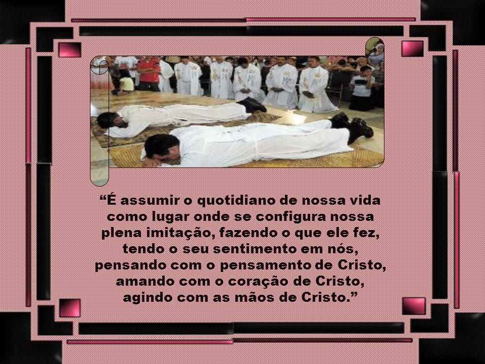 Configurar-se a Cristo é assumir uma atitude de seguimento incondicional do Mestre, é contemplá-lo como modelo sublime daquilo que caracteriza nossa i
