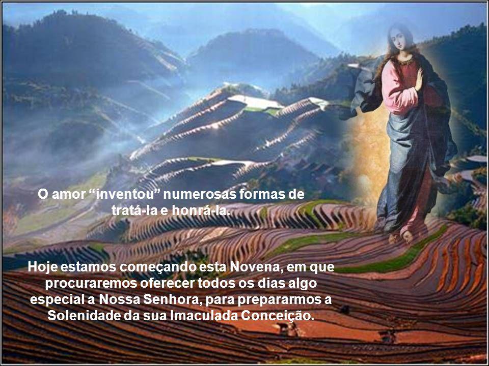 O povo cristão, por inspiração do Espírito Santo, sempre soube aproximar-se de Deus através da sua Mãe. Pelas provas constantes das suas graças e favo