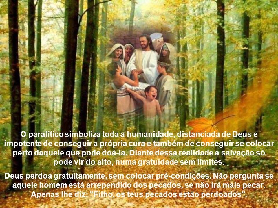 À ordem dada por Jesus, o paralítico levanta-se à vista de todos toma seu leito e vai embora. O povo ficou profundamente admirado com a ação de Jesus