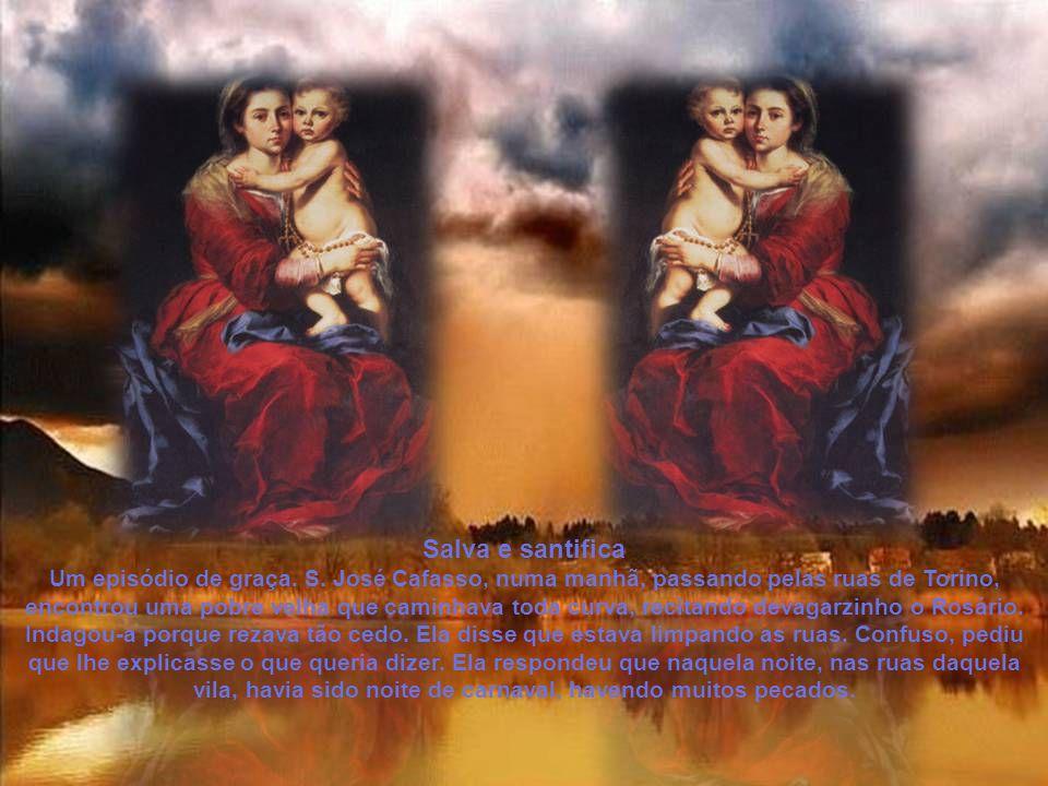 É verdadeiramente grande a importância que Nossa Senhora deu ao Rosário.