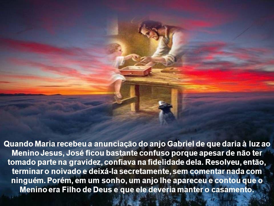 Descendente de Davi, São José era carpinteiro na Galiléia e comprometido com Maria.