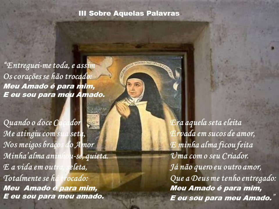 Santa Teresa une em sua espiritualidade Marta e Maria. Ela diz que Maria já tinha feito o ofício de Marta, quando tinha prestado a nosso Senhor o serv
