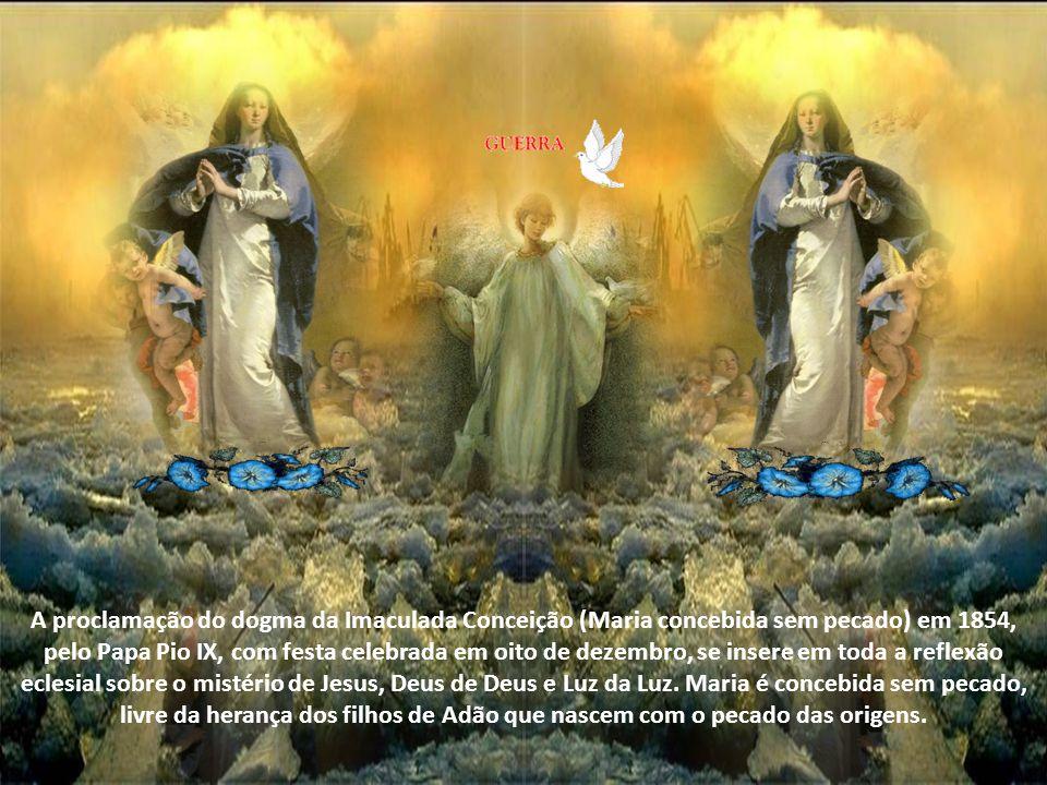 É a Mãe de Deus porque não se pode dividir em dois o Senhor. Esse título mariano nos faz ingressar na esfera do amor de Deus, onde somente a adoração
