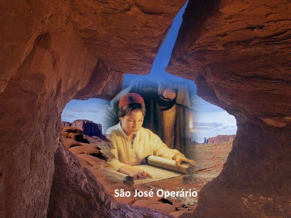 Em uma aparição a Santa Margarida de Cortona, disse Jesus: Filha, se desejas fazer-me algo agradável, rogo-te não deixeis passar um dia sem render algum tributo de louvor e de bênção ao meu Pai adotivo São José, porque me é caríssimo.