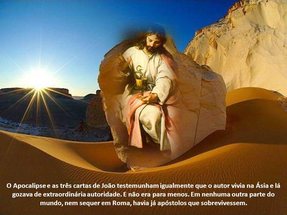 João esteve desterrado em Patmos, por ter dado testemunho de Jesus. Deve ter isto acontecido durante a perseguição de Domiciano (81-96 dC). O sucessor