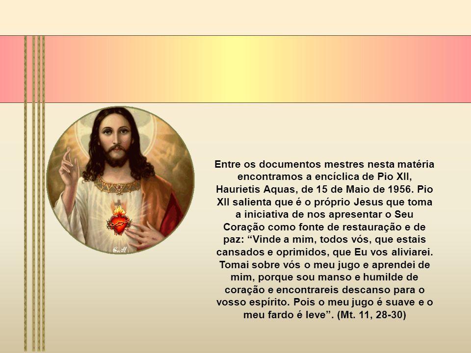 A origem desta devoção deve-se a Santa Margarida Maria de Alacoque, uma religiosa de uma Congregação conhecida como Ordem da Visitação.