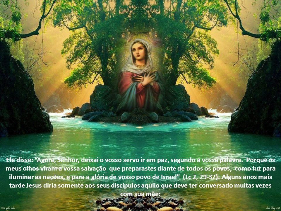 No seu Magnificat a própria Virgem Maria assume um tom profético para dizer que Deus veio em socorro de Israel, seu servo, lembrado das promessas que fizera a nossos pais (Lc 1,54-5).