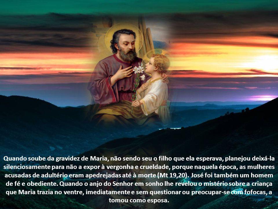 A Escritura Sagrada diz que era carpinteiro (Mt 13,55) e pobre, tanto que quando foi levar Jesus ao Templo para ser circuncidado e Maria purificada, o