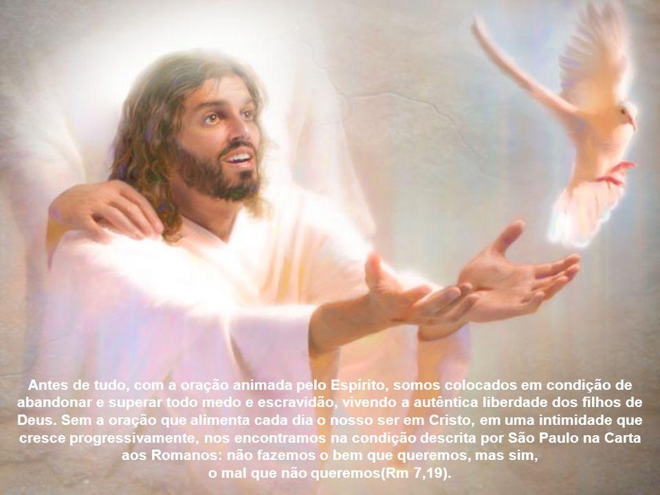 E gostaria agora de evidenciar três consequências da nossa vida cristã quando deixar operar em nós não o Espírito do mundo, mas o Espírito de Cristo c