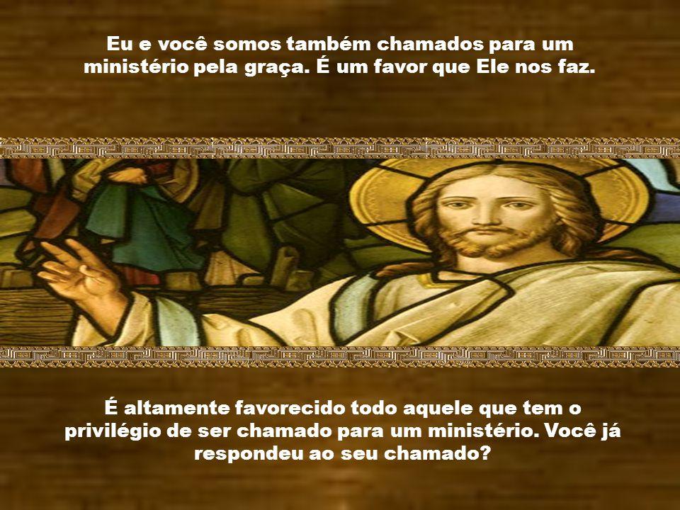 A força da graça foi derramada sobre os apóstolos e os tornou testemunhas da ressurreição. A graça de Deus começa logo a agir, quando recebemos o cham