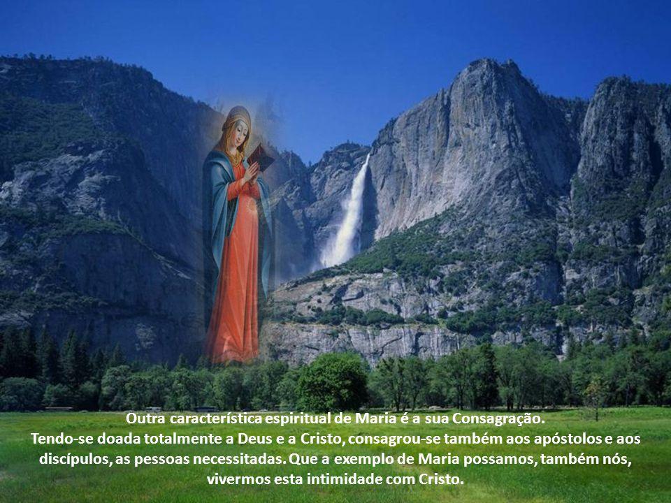 Estas características da intimidade de Maria com Jesus, sejam também as características fundamentais da nossa vida, que se realiza de modo único na Eucaristia: Eu sou o pão da vida...