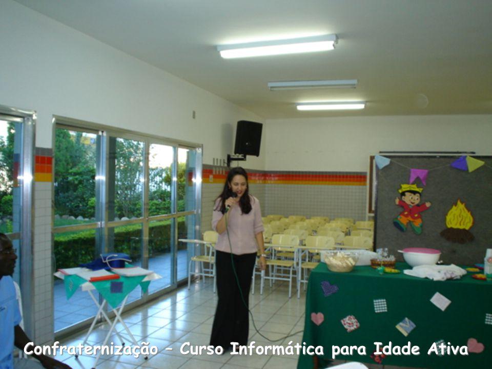 Entrega dos certificados: Ana