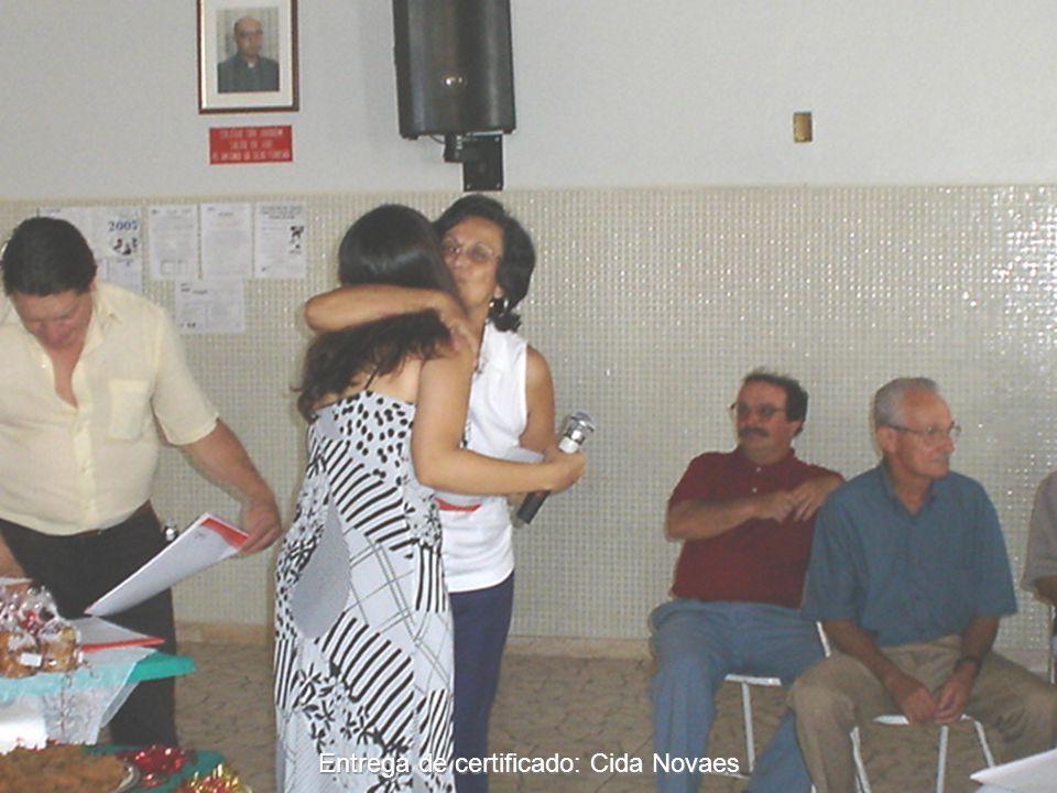 Entrega de certificado: Cida Novaes