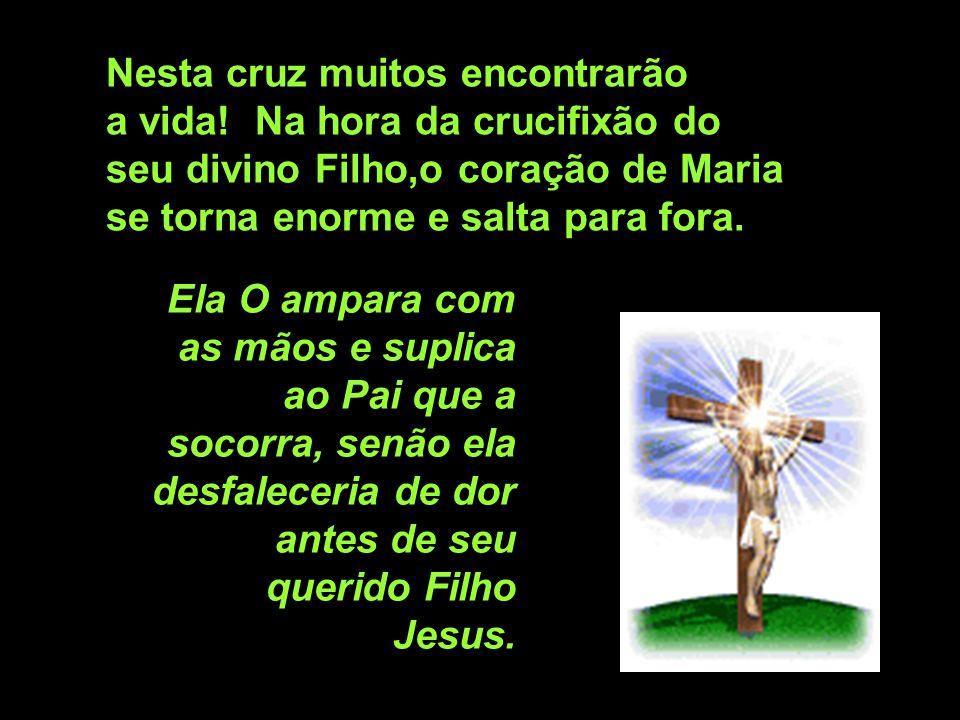 11ª estação: O seu divino Filho Jesus é pregado na cruz. Rezemos pelos hereges que, com suas falsas doutrinas e maus ensinamentos, mais uma vez crucif