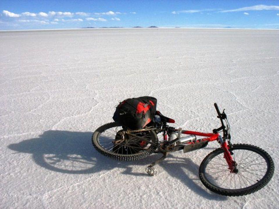 Com o tempo, este lugar foi convertido em um dos principais destinos turísticos da Bolívia, visitado, segundo a Wikipédia, por 60.000 turistas por ano.