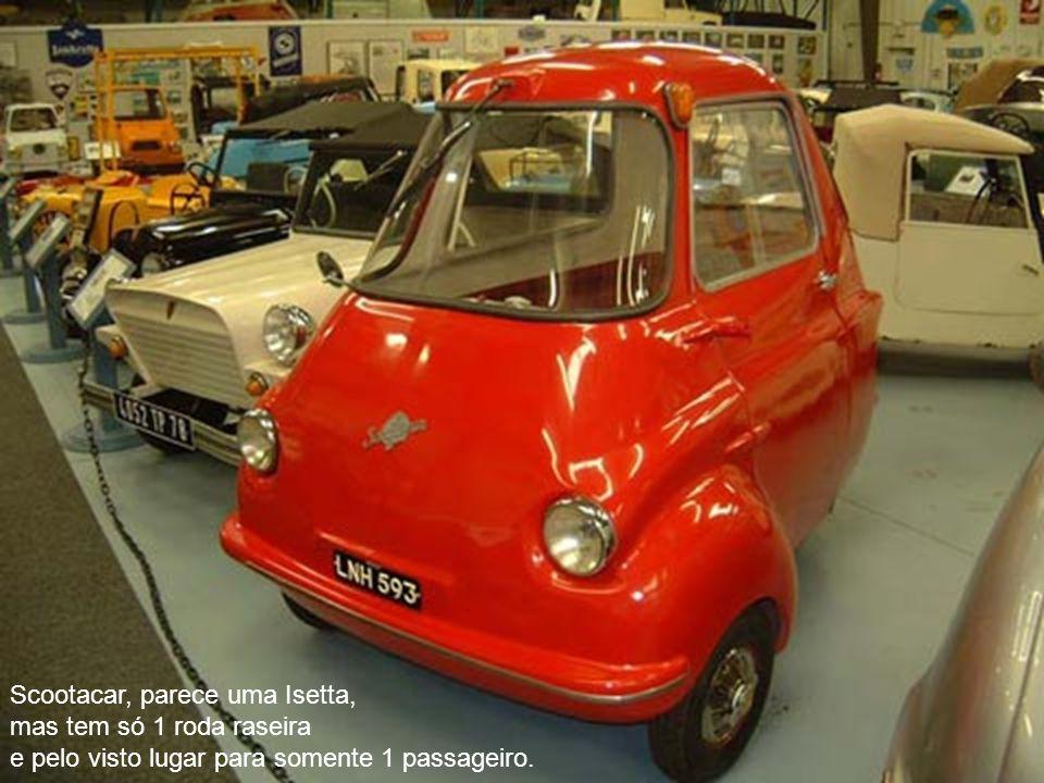 Scootacar, parece uma Isetta, mas tem só 1 roda raseira e pelo visto lugar para somente 1 passageiro.