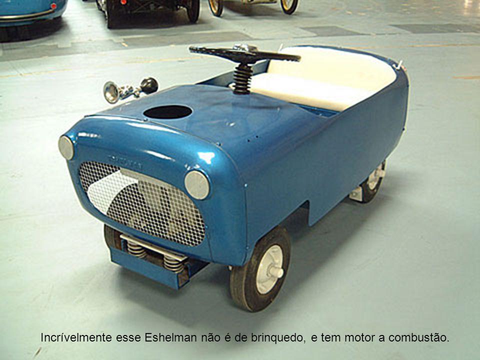 Incrívelmente esse Eshelman não é de brinquedo, e tem motor a combustão.