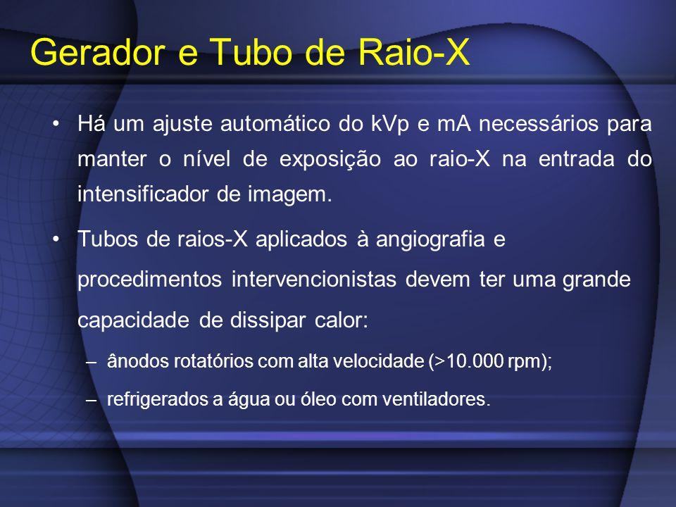 Há um ajuste automático do kVp e mA necessários para manter o nível de exposição ao raio-X na entrada do intensificador de imagem. Tubos de raios-X ap