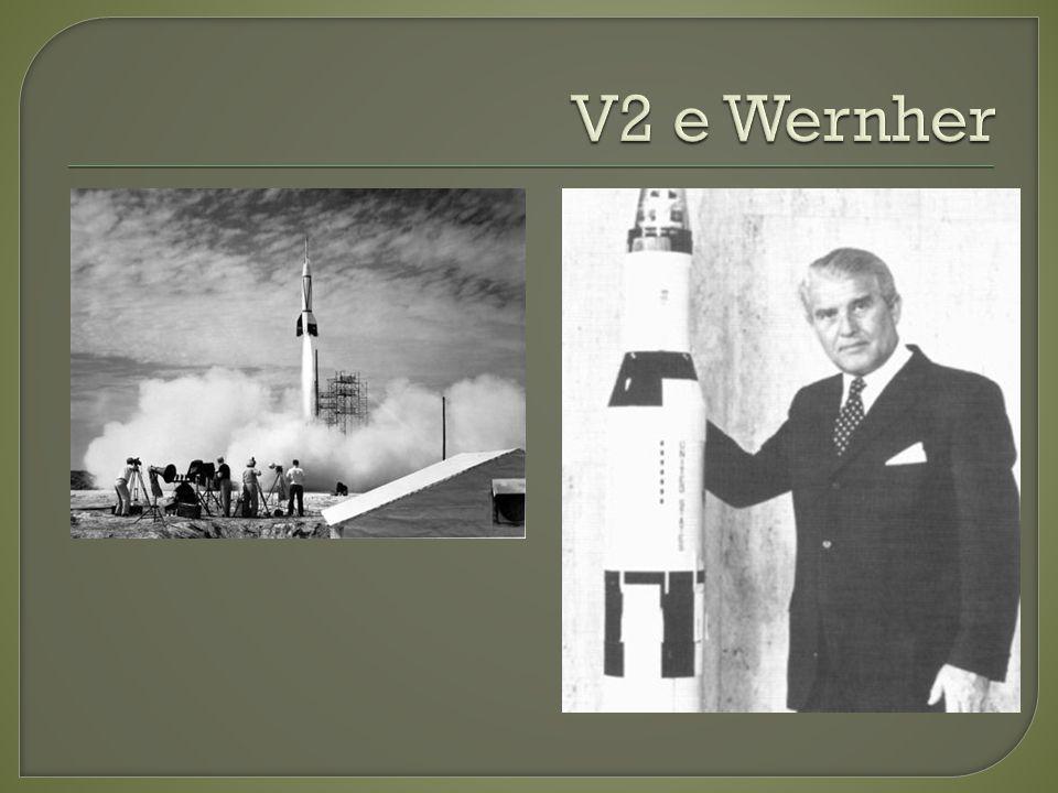 Em 20 de julho de 1969 pousou na Lua tripulada por Neil Armstrong, Edwin Buzz Aldrin e Michael Collings.