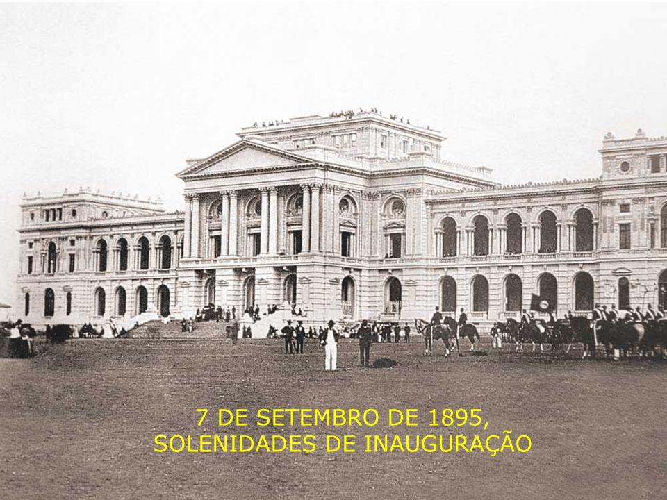 Em 1885 começava a construção de um imponente edifício que seria o monumento para celebrar a nossa independência, e consequentemente a monarquia então