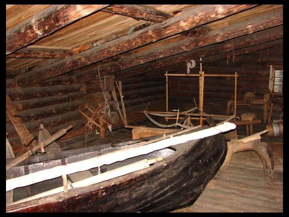 Ferramentas de trabalho são guardadas no sótão